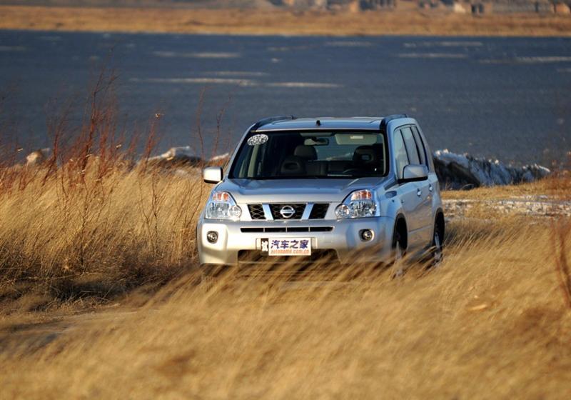 2010款2.0L XE 舒适版 CVT 4WD