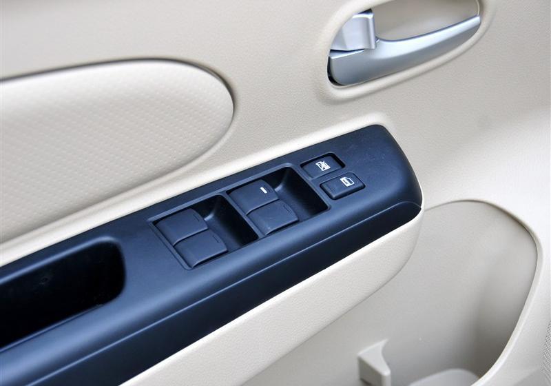 2012款 1.6 手动舒适版