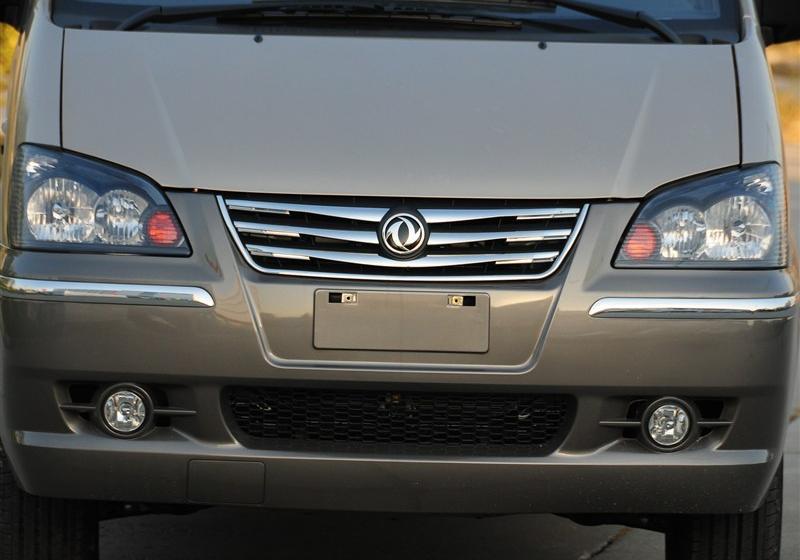 2013款M5 Q3 2.0L 7座长轴舒适型
