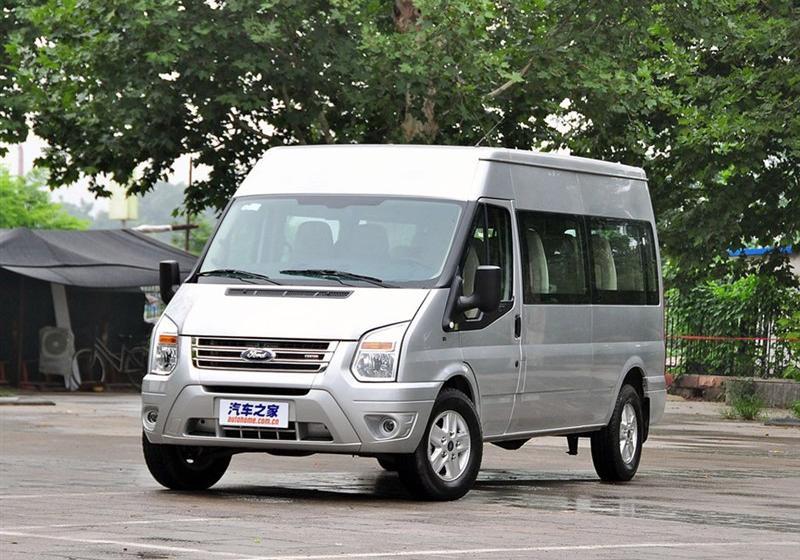 2013款2.4T柴油豪华型短轴中低顶国III