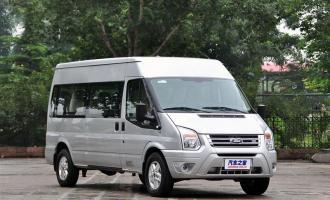 2013款2.4T柴油经济物流车短轴中顶国IV