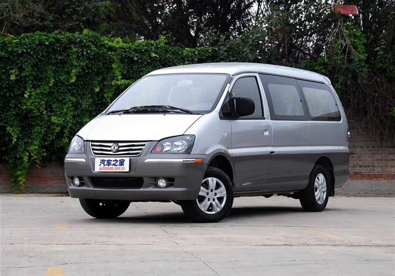 2015款M5 Q3 2.0L 7座短轴豪华型