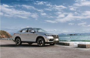 长安CS85 COUPE,用智能科技标榜自主高级轿跑SUV